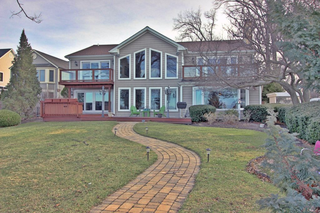 This $950,000 home is on Lake Road in Bay Village. (Linda Musarra, Chestnut Hill Realty)